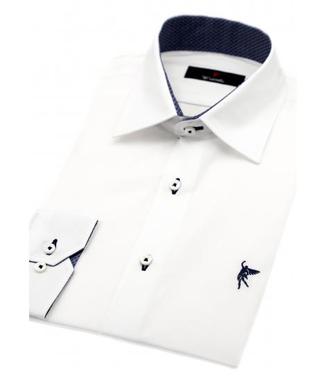 Modelo Blanca elegante